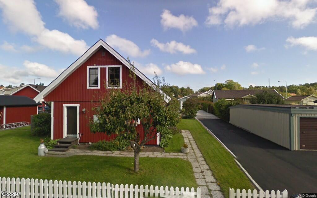 Hus på 141 kvadratmeter i Västervik har fått nya ägare