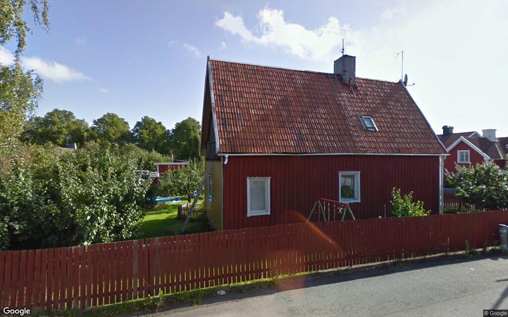 Hus på 110 kvadratmeter i Västervik har fått nya ägare
