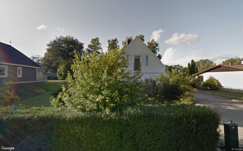 161 kvadratmeter stort hus i Rinkabyholm, Kalmar sålt till nya ägare