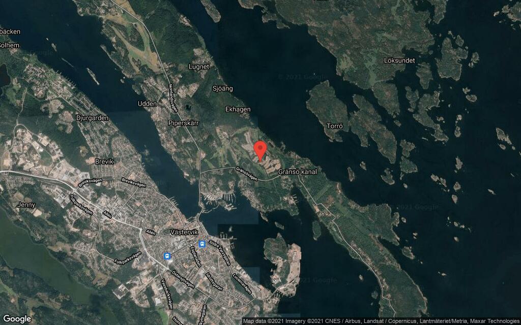 Tomt i Västervik har fått nya ägare
