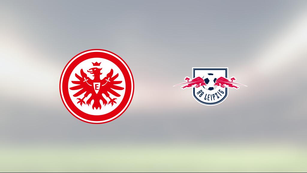 Yussuf Poulsen räddade poäng när Red Bull Leipzig kryssade mot Eintracht Frankfurt